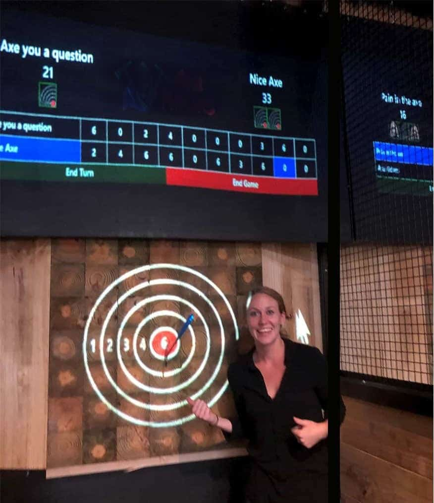 woman threw bullseye at Searcy axe throwing lanes